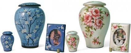 Bouquet Ensemble | Bakerview Crematorium & Celebration Centre